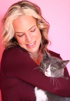 Dr. Patty Khuly and cat