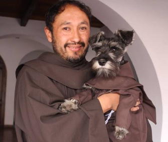 Photos of a monastery dog in Bolivia sporting traditional like the monks there have gone viral.