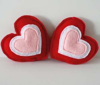 Catnip-filled felt hearts, two for $5 from SmilingFrogPets