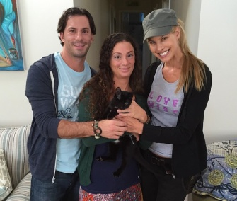 Beth Stern delivered Ace, a one-eyed kitten, to his new owners.