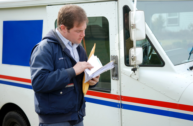 Dog hates mailman