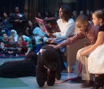 Bo and Sunny joined Michelle Obama on a holiday visit to the National Children's Medical Center in Washington.